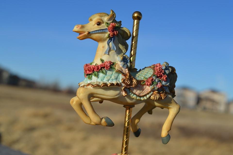 carousel-1225052_960_720