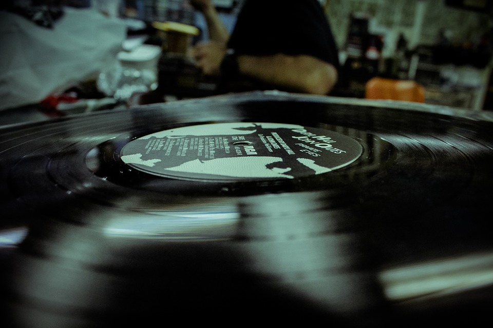 record-1284637_960_720